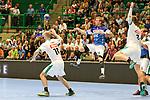 BHCs Linus Arnesson (Nr.24) muss einen Sprungwurf abbrechen im Spiel der Handballliga, Bergischer HC - SC DHFK Leipzig.<br /> <br /> Foto &copy; PIX-Sportfotos *** Foto ist honorarpflichtig! *** Auf Anfrage in hoeherer Qualitaet/Aufloesung. Belegexemplar erbeten. Veroeffentlichung ausschliesslich fuer journalistisch-publizistische Zwecke. For editorial use only.