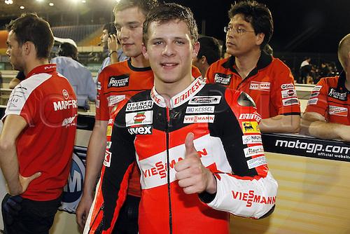 11 04 2010 Doha  MotoGP Moto Stefan Bradl Viessmann Kiefer Racing  Action form the FIM MotoGP World Cup, Qatar.