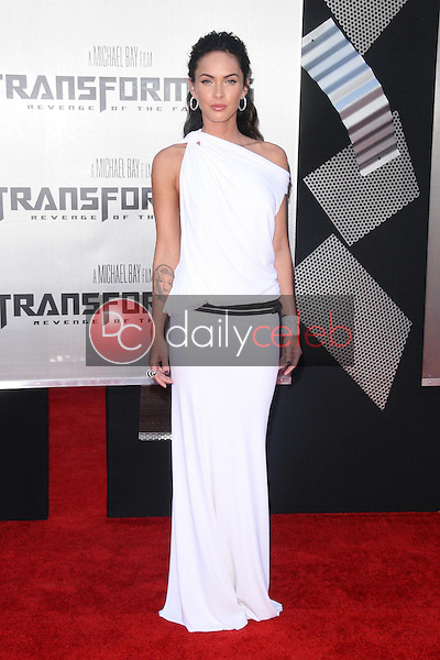 Megan Fox<br />at the Los Angeles Premiere of 'Transformers Revenge of the Fallen'. Mann Village Theatre, Westwood, CA. 06-22-09<br />Dave Edwards/DailyCeleb.com 818-249-4998