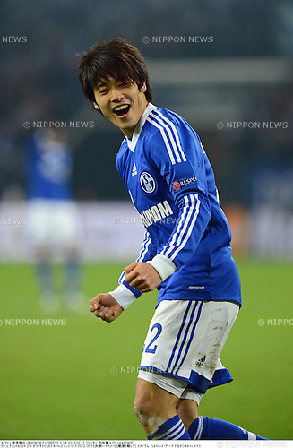 Atsuto Uchida (Schalke), MARCH 12, 2013 - Football / Soccer : UEFA Champions League Round of 16, 2nd leg match between FC Schalke 04 2-3 Galatasaray at Veltins Arena in Gelsenkirchen, Germany. (Photo by Takamoto Tokuhara/AFLO)