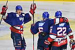 Jubel zum 1:1 v.l. Mannheims Tim Stützle / Stuetzle (Nr.8), Mannheims Joonas Lehtivuori (Nr.6) und Mannheims Matthias Plachta (Nr.22)  beim Spiel in der DEL, Adler Mannheim (blau) - Nuernberg Ice Tigers (weiss).<br /> <br /> Foto © PIX-Sportfotos *** Foto ist honorarpflichtig! *** Auf Anfrage in hoeherer Qualitaet/Aufloesung. Belegexemplar erbeten. Veroeffentlichung ausschliesslich fuer journalistisch-publizistische Zwecke. For editorial use only.