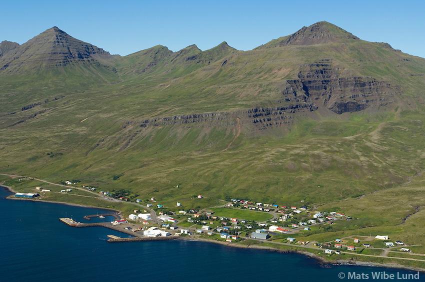 Stöðvarfjörður til norðurs, Fjarðabyggð / Stodvarfjordur viewing north, Fjardabyggd