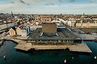 023 190110 Dronebilleder af Den lille  Havfrue, Kastellet, Amager Bakke, Papir&oslash;en, Skuespilhuset, Amalienborg og Inderhavnsbroen.<br /> Foto: Jens Panduro