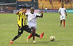 Alianza se quedó con el clásico santandereano. El equipo 'aurinegro' se impuso 3 goles por 2 al Cúcuta Deportivo en un vibrante encuentro de la décima fecha, disputado este sábado en el Álvaro Gómez Hurtado, de Floridablanca.