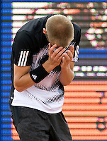 16-7-08, Amersfoort, Tennis, Dutch Open,  Thiemo de Bakker grijpt uit frustratie naar zijn hoofd