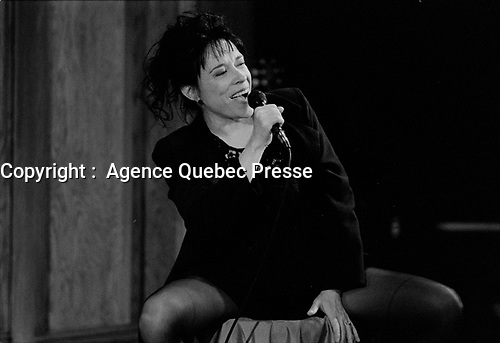 Louise forestier en spectacle, 7 Octobre 1992, aux Francofolies de Montreal.<br /> <br /> PHOTO :  Agence Quebec presse