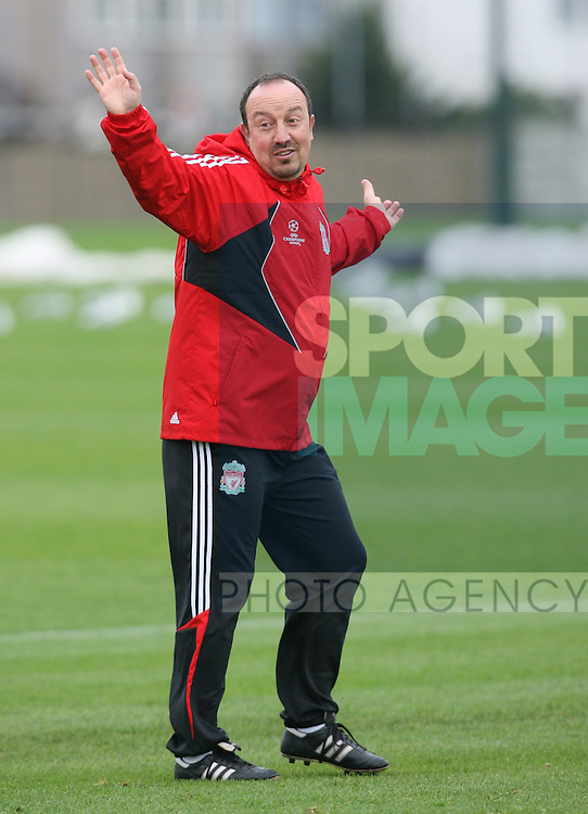 Liverpool Champions League Training, Melwood Training Complex, West Derby, Liverpool, 5th November 2007...Manager Rafael Benitez.