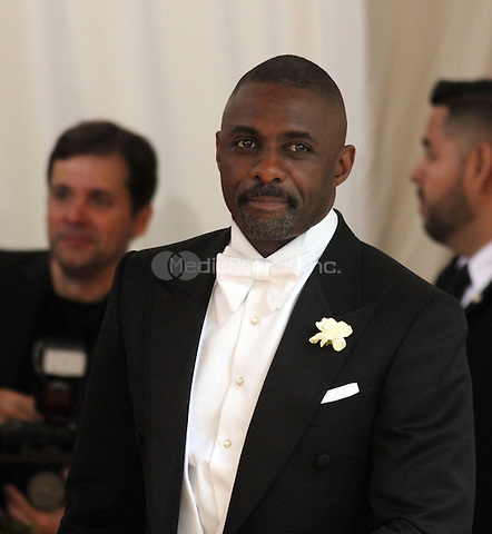 05 02 2016: Idris Elba at Manus X Machina: Fashion In An Age of Technology at Metropolitan Museum of Art in New York. Credit:RWMediaPunch