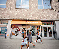 A branch of the black-owned City National Bank in Harlem in New York on Saturday, July 16, 2016. After an MTV town hall meeting by the Rapper Killer Mike calling for African-Americans to put their money into black owned banks some of these banks are reporting an influx of new depositors. (© Richard B. Levine)