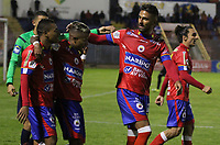 PASTO -COLOMBIA, 09-04-2017. Santiago Trellez (Der) jugador del Deportivo Pasto celebra después de anotar un gol a Independiente Santa Fe durante partido por la fecha 12 de la Liga Águila I 2017 jugado en el estadio La Libertad de Pasto. / Santiago Trellez (R) player of Deportivo Pasto celebrates after scoring a goal to Independiente Santa Fe for the date 12 of Aguila League I 2017 played at La Libertad stadium in Pasto. Photo: VizzorImage / Leonardo Castro / Cont
