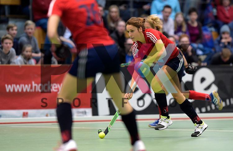 GER - Luebeck, Germany, February 06: During the 1. Bundesliga Damen indoor hockey semi final match at the Final 4 between Berliner HC (blue) and Duesseldorfer HC (red) on February 6, 2016 at Hansehalle Luebeck in Luebeck, Germany. Final score 1-3 (HT 0-1).  Lisa-Marie Schuetze #19 of Duesseldorfer HC<br /> <br /> Foto &copy; PIX-Sportfotos *** Foto ist honorarpflichtig! *** Auf Anfrage in hoeherer Qualitaet/Aufloesung. Belegexemplar erbeten. Veroeffentlichung ausschliesslich fuer journalistisch-publizistische Zwecke. For editorial use only.