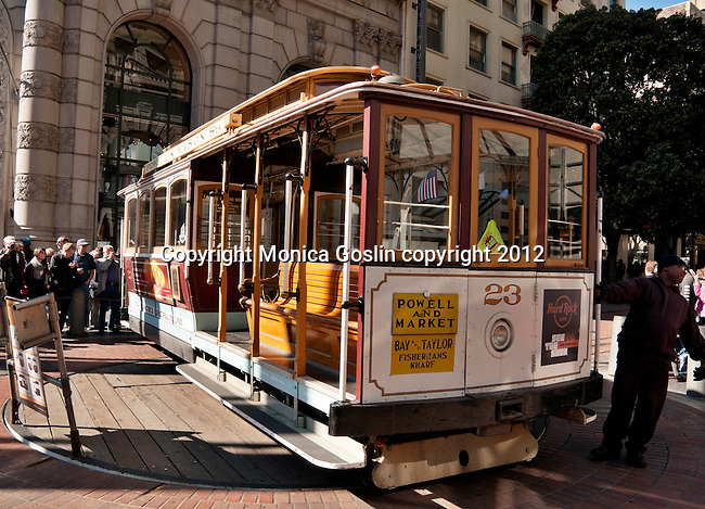 Powell Street turntable; Cable car turn table, where a cable car is turned around at the end of a line in San Francisco, California