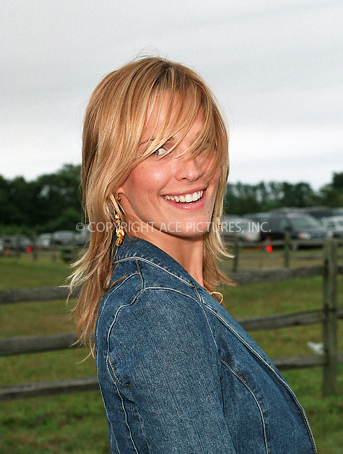 "Molly Sims at the Fifth Annual ""Super Saturday"" designer sale and family event to benefit the ovarian cancer research fund. Water Mill, Long Island. July 27, 2002. Please byline: Alecsey Boldeskul/NY Photo Press.   ..*PAY-PER-USE*      ....NY Photo Press:  ..phone (646) 267-6913;   ..e-mail: info@nyphotopress.com"