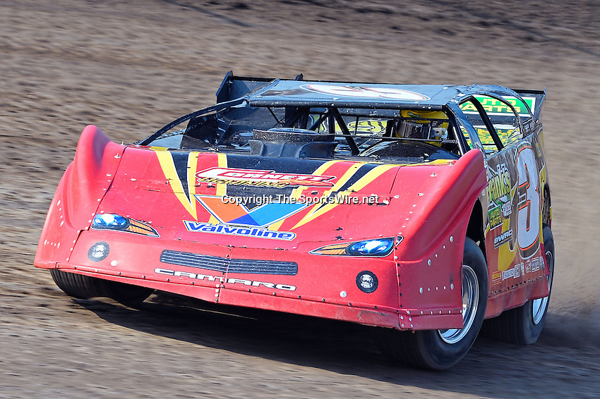 Jun 6, 2013; 5:44:26 PM; Rossburg, OH., USA; The 19th annual Dirt Late Model Dream XIX in an expanded format for Eldora's $100,000-to-win race includes two nights of double features, 567 laps of action  Mandatory Credit:(thesportswire.net)