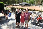 2018-07-28 / Tennis / Seizoen 2018 / TC Peerdsbos Brasschaat / Michel Willemsens (r.) met de mensen van de wedstrijdtafel<br /> <br /> ,Foto: Mpics