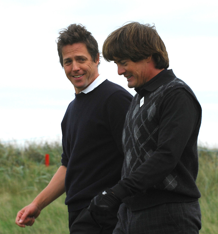 ALFRED DUNHILL LINKS CHAMPIONSHIP, ST.ANDREWS, 5-10-06..HUGH GRANT AND KYLE MACLACHLAN PLAYING AT KINGSBARNS IN FIRST DAY OF COMPETITION..PIC BY IAN MCILGORM