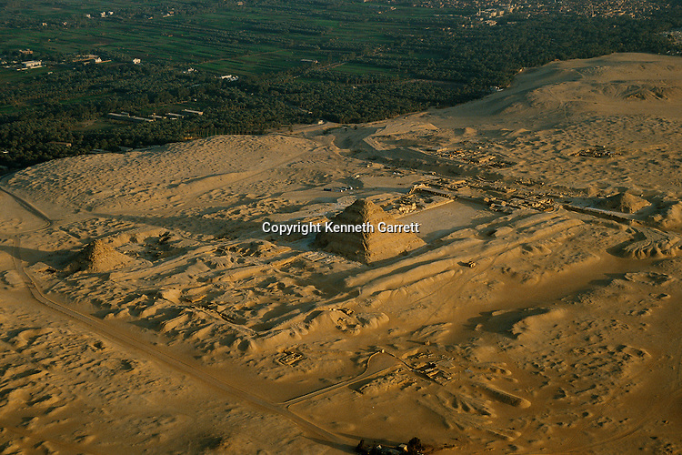 Egypt; Archaeology; Old Kingdom; Saqqara; Pyramid Djoser, Step Pyramid, 3rd Dynasty