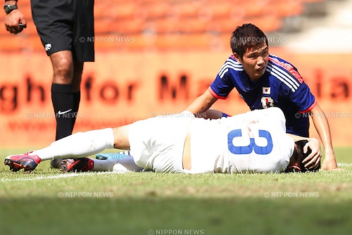 Takuya Iwanami (JPN), MARCH 27, 2015 - Football / Soccer : AFC U-23 Championship 2016 Qualification Group I match between U-22 Japan 7-0 U-22 Macau at Shah Alam Stadium in Shah Alam, Malaysia. (Photo by Sho Tamura/AFLO SPORT)