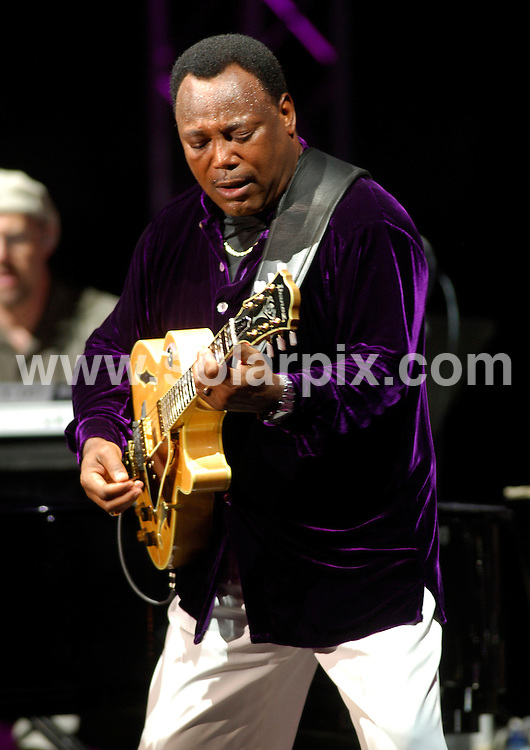"**ALL ROUND PICTURES FROM SOLARPIX.COM**.**WORLDWIDE SYNDICATION RIGHTS**.""3 Masters"" concert: Al Jarreau, Jose Feliciano and George Benson perform at Estepona Bullring, Spain, Saturday July 28 2007...This pic: George Benson..JOB REF:  4488   JGS        DATE: 28_07_2007.**MUST CREDIT SOLARPIX.COM OR DOUBLE FEE WILL BE CHARGED* *UNDER NO CIRCUMSTANCES IS THIS IMAGE TO BE REPRODUCED FOR ANY ONLINE EDITION WITHOUT PRIOR PERMISSION*"