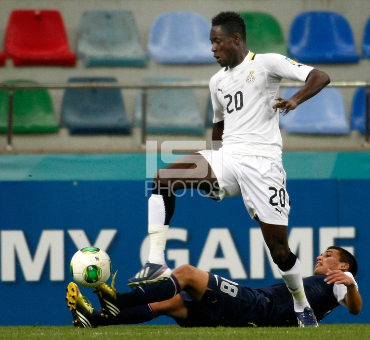 Ghana's Yiadom Boakye (F) and USA's Oscar Sorto (B) during their FIFA U-20 World Cup Turkey 2013 Group Stage Group A soccer match Ghana betwen USA at the Kadir Has stadium in Kayseri on June 27, 2013. Photo by Aykut AKICI/isiphotos.com