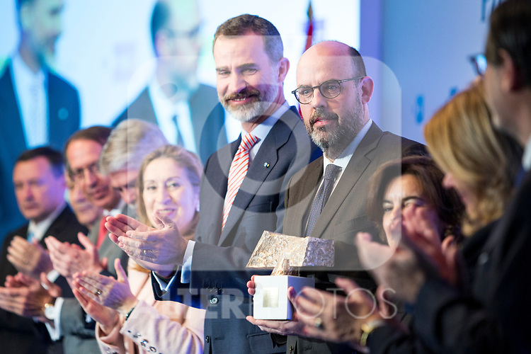 "Jordi Baste and Spanish king Felipe attends XXXIV International prizes of journalism ""Rey de Espana"" and the XIII edition of the prize ""Don Quijote"" of journalism in Madrid, Spain. March 27, 2017. (ALTERPHOTOS / Rodrigo Jimenez)"