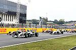 F1 Race Start - Nico Rosberg (GER), Mercedes GP - Sebastian Vettel (GER), Red Bull Racing<br />  Foto © nph / Mathis