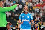 Team Buschis Steffan Olsson (Nr.14) fleht den Torwart nach dem Ball beim Tag des Handballs - Team Frank Buschmann vs. Team Stefan Kretzschmar.<br /> <br /> Foto &copy; P-I-X.org *** Foto ist honorarpflichtig! *** Auf Anfrage in hoeherer Qualitaet/Aufloesung. Belegexemplar erbeten. Veroeffentlichung ausschliesslich fuer journalistisch-publizistische Zwecke. For editorial use only.
