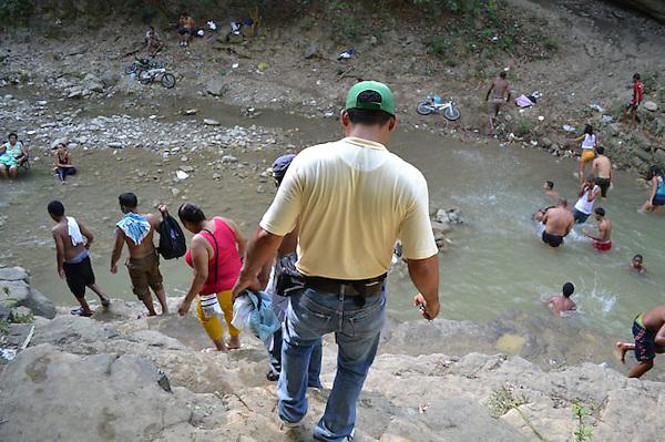 La naciente explotación eco-turística en una zona protegida, pero olvidada de rio jacagua.