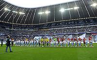 Fussball 2. Bundesliga:  Saison   2012/2013,    4. Spieltag  TSV 1860 Muenchen - MSV Duisburg    31.08.2012 Die Teams laufen in die Allianz Arena ein