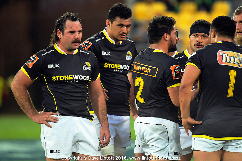 The Wellington pack prepares to set a scrum during the Mitre 10 Cup rugby union match between Wellington Lions and North Harbour at Westpac Stadium, Wellington, New Zealand on Saturday, 3 September 2016. Photo: Dave Lintott / lintottphoto.co.nz