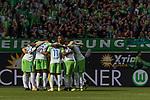 09.09.2017, Volkswagen Arena, Wolfsburg, GER, 1.FBL, VfL Wolfsburg vs Hannover 96<br /> <br /> im Bild<br /> Startelf von VfL Wolfsburg im Mannschaftskreis, <br /> Koen Casteels (VfL Wolfsburg #1), William (VFL Wolfsburg #02), Ignacio Camacho (VfL Wolfsburg #4), Daniel Didavi (VfL Wolfsburg #11), Yannick Gerhardt (VFL Wolfsburg #13), Divock Origi (VFL Wolfsburg #14), Ohis Felix Uduokhai (VFL Wolfsburg #17), Josuha Guilavogui (VfL Wolfsburg #23), Maximilian Arnold (VfL Wolfsburg #27), Robin Knoche (VfL Wolfsburg #31), Mario Gomez (VFL Wolfsburg #33), <br /> <br /> Foto &copy; nordphoto / Ewert