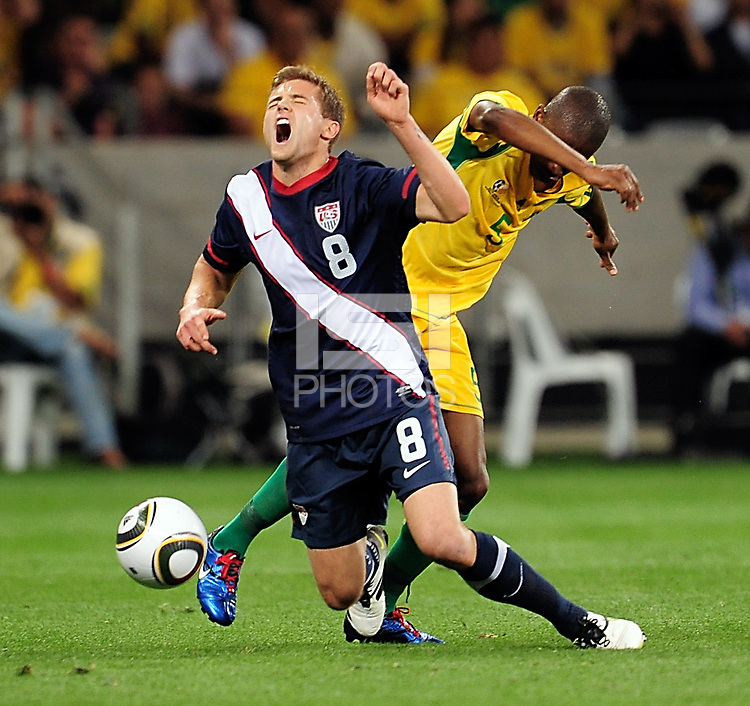 Robbie Rogers of the USA during the  Soccer match between South Africa and USA played at the Greenpoint in Cape Town South Africa on 17 November 2010.  Photo: Gerhard Steenkamp/ISI Photo