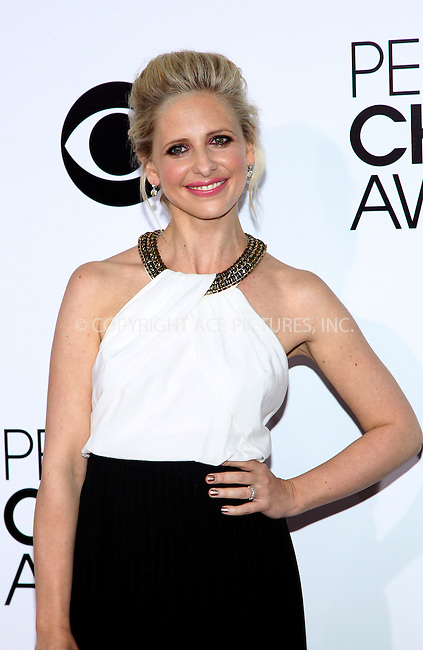 WWW.ACEPIXS.COM<br /> <br /> January 8 2014, LA<br /> <br /> Sarah Michelle Gellar arriving at the 40th Annual People's Choice Awards at the Nokia Theatre LA Live on January 8, 2014 in Los Angeles, California<br /> <br /> By Line: Nancy Rivera/ACE Pictures<br /> <br /> <br /> ACE Pictures, Inc.<br /> tel: 646 769 0430<br /> Email: info@acepixs.com<br /> www.acepixs.com