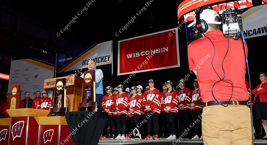 Wisconsin athletic director, Barry Alvarez, introduces the national champion Badgers women's hockey team during the NCAA championship awards ceremony on Monday, 3/25/19, at the Kohl Center in Madison, Wisconsin