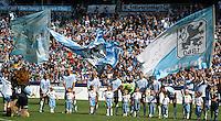Fussball 2. Bundesliga:  Saison   2012/2013,    6. Spieltag  TSV 1860 Muenchen - Eintracht Braunschweig  23.09.2012 1860 Team beim Einlauf in die Allianz Arena