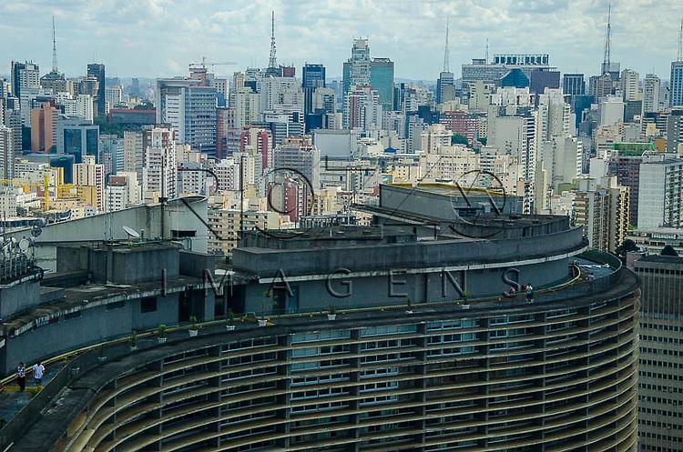 Vista do Edifício Copan e da cidade, a partir do Edifício Itália, São Paulo - SP, 01/2014.