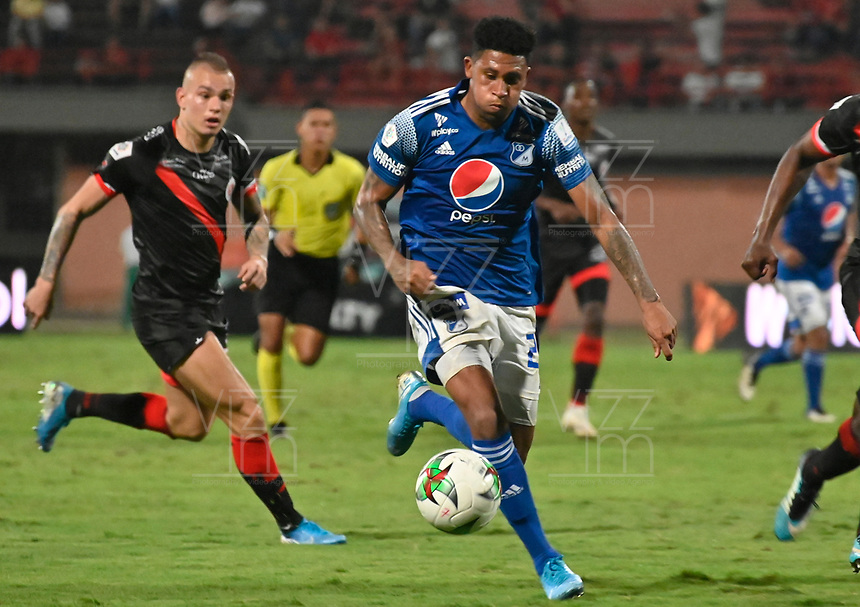CUCUTA - COLOMBIA, 30-01-2020: Jose G Ortiz del Millonarios en acción durante partido entre Cúcuta Deportivo y Millonarios por la fecha 2 de la Liga Águila II 2019 jugado en el estadio General Santander de la ciudad de Cúcuta. / Jose G Ortiz player of Millonarios in action during match between Cucuta Deportivo and Millonarios for the date 2 of the Liga Aguila II 2019 played at the General Santander stadium in Cucuta city. Photo: VizzorImage / Juan Pablo Bayona / Cont