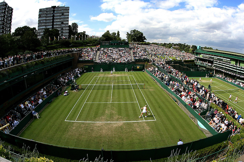 Photo: Paul Thomas..Wimbledon Championships. 28/06/2007...A general view of court 18 during Wimbledon 2007.