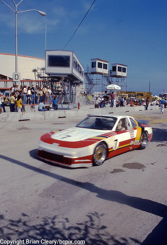 #7 Porsche 944 Turbo, Ludwig Heimrath Jr, 41st place, GTS St. Petersburg Grand Prix Trans Am race, St. Petersburg, FL, November 15, 1986.  (Photo by Brian Cleary/www.bcpix.com)