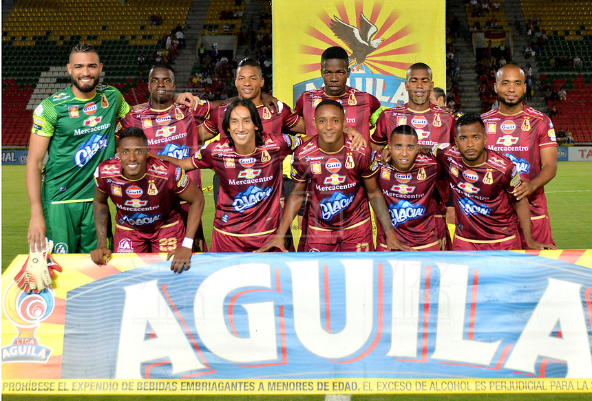 IBAGUE - COLOMBIA, 27-08-2018: Los jugadores de Deportivo Pasto, posan para una foto antes de partido de la fecha 6 por la Liga Aguila II 2018 entre Deportes Tolima y Deportivo Pasto,  jugado en el estadio Manuel Murillo Toro de la ciudad de Ibague. / Players of Deportivo Pasto, pose for a picture prior a match of the 6th date for the Aguila League II 2018, between Deportes Tolima and Deportivo Pasto,  played at Manuel Murillo Toro stadium in Ibague city. Photo: VizzorImage / Juan Carlos Escobar / Cont.