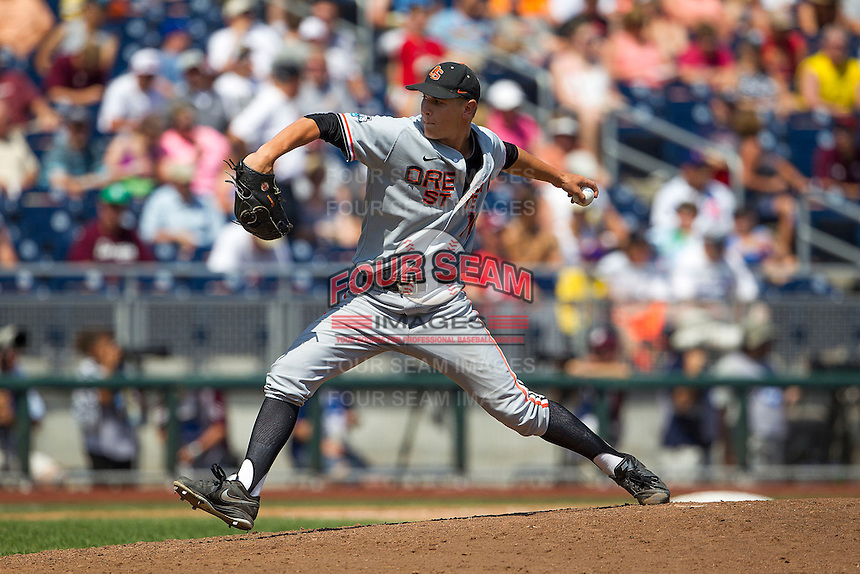 Oregon State pitcher Jace Fry (11) delivers a pitch to the plate during Game 11 of the 2013 Men's College World Series against the Mississippi State Bulldogs on June 21, 2013 at TD Ameritrade Park in Omaha, Nebraska. The Bulldogs defeated the Beavers 4-1, to reach the CWS Final and eliminating Oregon State from the tournament. (Andrew Woolley/Four Seam Images)