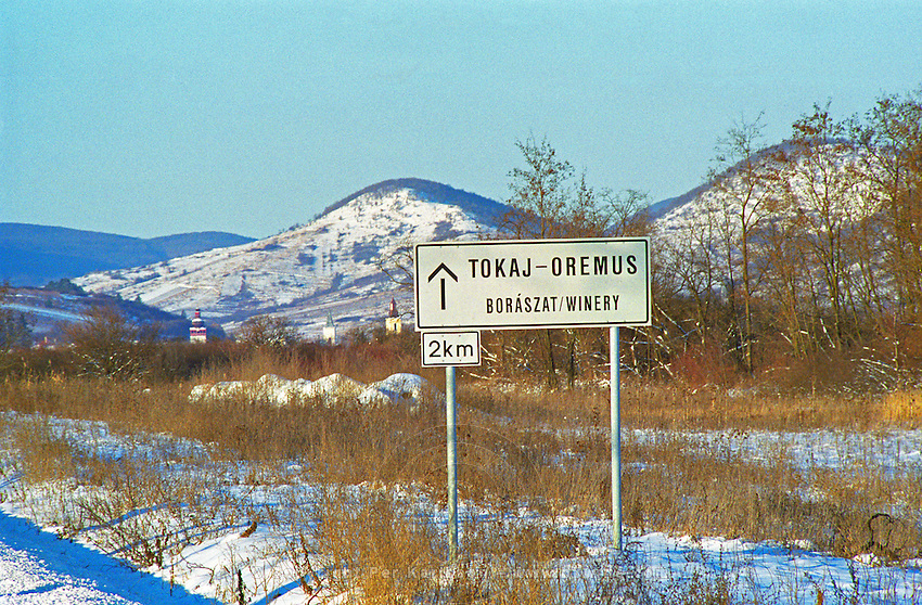 "On the road to the Oremus Winery in Tolcsva in the Tokaj region. Road sign saying 2 km to the ""Boraszat"". Oremus is owned by the Alvarez family that also owns Vega Sicilia in Spain It is managed by Andras Bacso. Credit Per Karlsson BKWine.com"