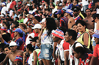 SANTA MARTA – COLOMBIA, 04-09-2019: Hinchas de Unión animan a su equipo durante el partido por la fecha 7 de la Liga Águila II 2019 entre Unión Magdalena y Millonarios jugado en el estadio Sierra Nevada de la ciudad de Santa Marta. / Fans of Union cheer for their team during match for the date 7 as part Aguila League II 2019 between Unión Magdalena y Millonarios played at Sierra Nevada stadium in Santa Marta city. Photo: VizzorImage / Gustavo Pacheco / Cont