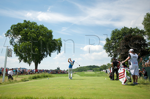 19.06.2016. Pittsburgh, PA,USA.   Jason Day of Australia plays his shot from the third tee during the final round of golf at the US Open at Oakmont Country Club in Pittsburgh, PA.