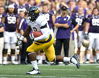 C.J. Anderson of California runs the ball during the game against Washington at Seattle, Washington on September 24th, 2011.  Washington defeated California 31-23.