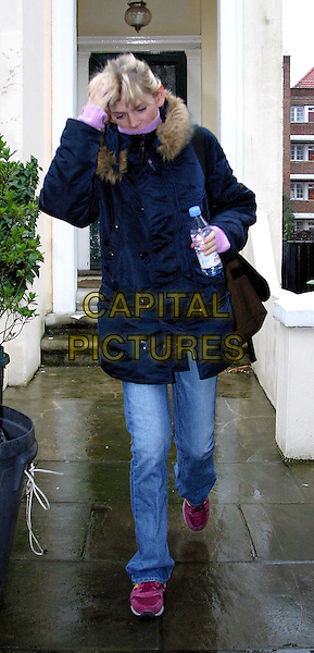ZOE BALL leaves her house in Primrose hill today. Zoe and her husband DJ Fatboy slim (Norman Cook) recently announced a trial separation..www.capitalpictures.com.©Capital Pictures