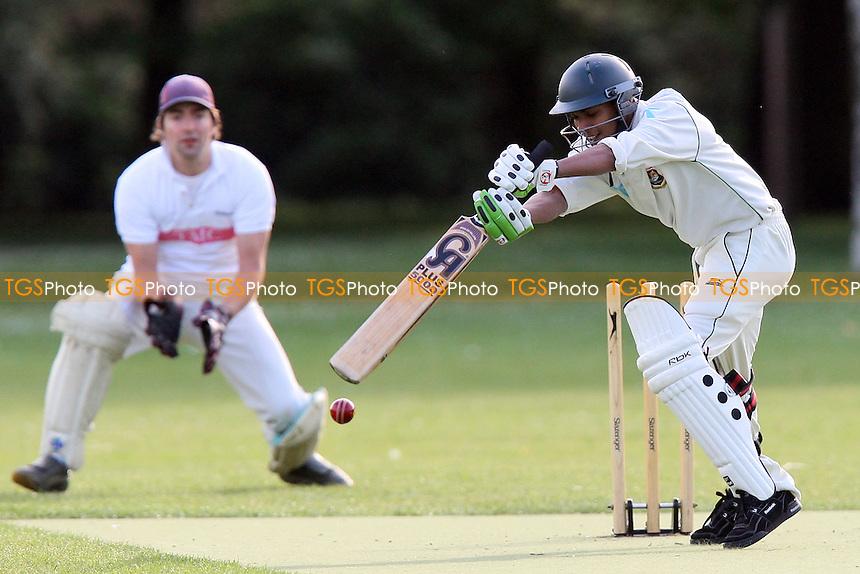 TMC Old Boys (fielding) vs London Tigers - Victoria Park Community Cricket League Cup - 25/05/10 - MANDATORY CREDIT: Gavin Ellis/TGSPHOTO - Self billing applies where appropriate - Tel: 0845 094 6026