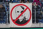 10.03.2018, HDI Arena, Hannover, GER, 1.FBL, Hannover 96 vs FC Augsburg<br /> <br /> im Bild<br /> Anti Martin Kind (Pr&auml;sident / Praesident Hannover 96) Transparent / Plakat / Banner, <br /> <br /> Foto &copy; nordphoto / Ewert
