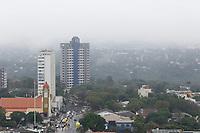 FOZ DO IGUAÇU, PR, 07.06.2017 – CLIMA-PR – Foz do Iguaçu (PR) sobre forte nevoeiro e garoa na manhã desta quarta-feira (07), vista da região central da cidade das cataratas.(Foto: Paulo Lisboa/Brazil Photo Press)