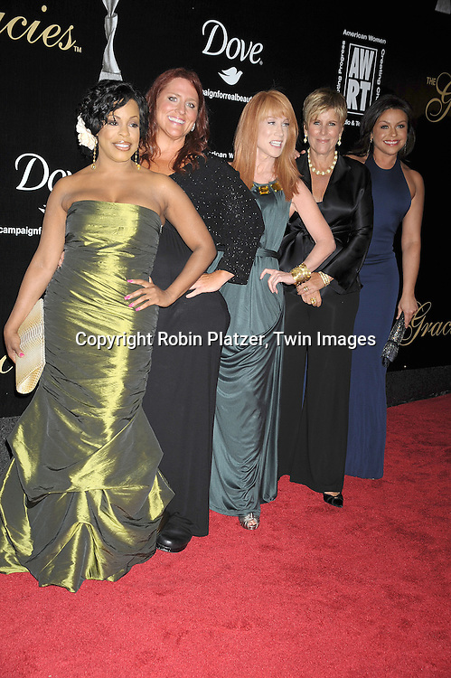 Niecy Nash, Ruby Gettinger, Kathy Griffin, Suze Orman and Rachael Ray